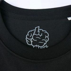 black-tee-nice-head